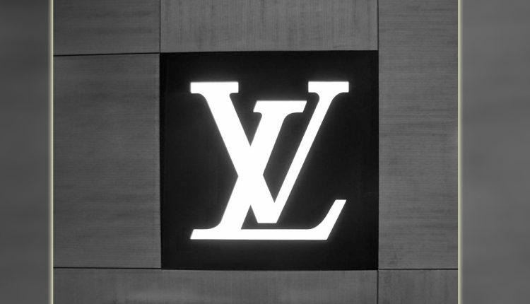 Cine este Louis Vuitton? De ce produsele LV sunt atât de scumpe?