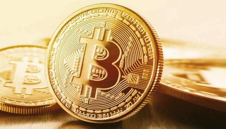 De ce să cumperi Bitcoin? De ce să nu cumperi Bitcoin?